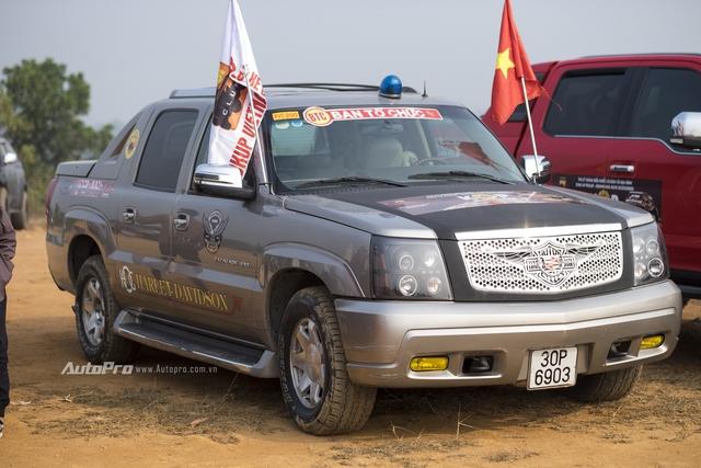 Bán tải Cadillac Escalade EXT.