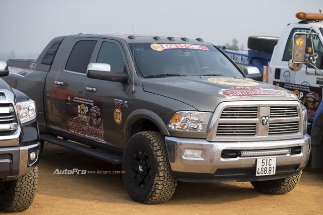 Xe bán tải Dodge Ram 3500 Heavy Duty.