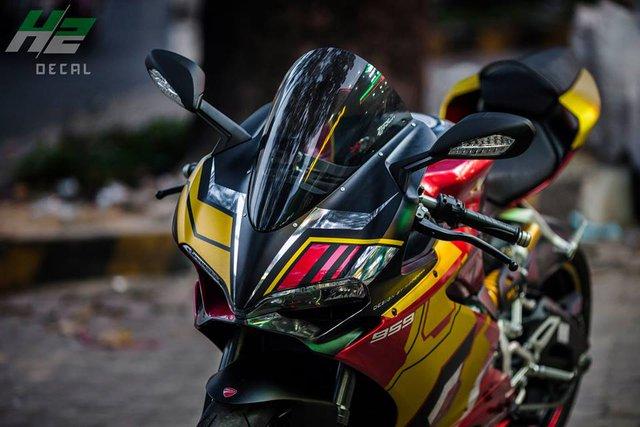 Ducati 959 Panigale khoác áo Iron Man của nữ biker 9X Sài thành - Ảnh 7.
