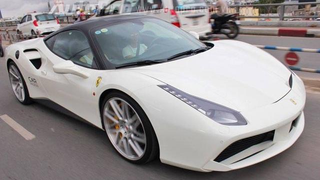 """Ferrari 488 GTB của Cường """"Đô-la"""" lắp mâm Vossen hàng trăm triệu Đồng"""
