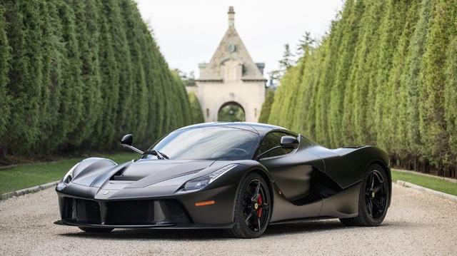 1 trong 3 chiếc Ferrari LaFerrari màu đen nhám cực hiếm chuẩn bị lên sàn