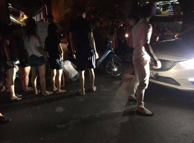 Tài xế xe Mazda đẩy 3 em nữ bị nạn xuống đường rồi bỏ chạy?