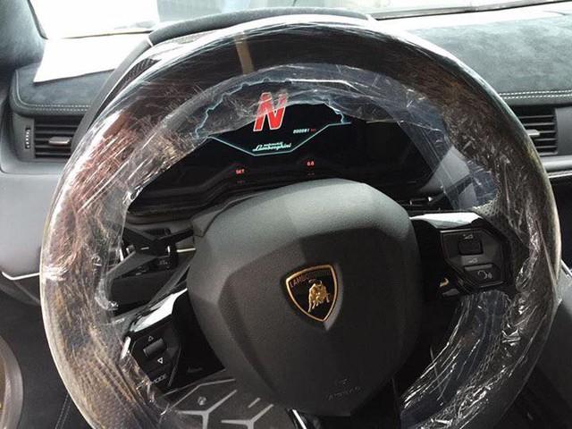 Thiếu gia 9X Hà thành đưa siêu phẩm Lamborghini Aventador SV mui trần về Việt Nam - Ảnh 6.