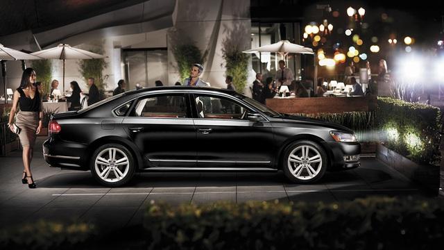 Volkswagen Passat 2016 ra mắt khách hàng Việt từ tháng 6