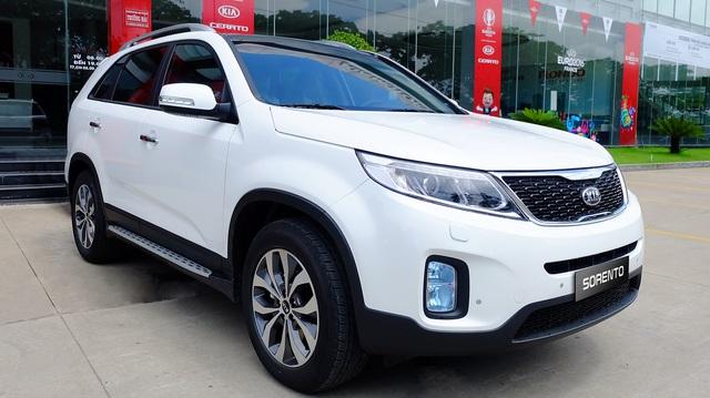 Quyết đấu Toyota Fortuner, Kia Sorento giảm còn 868 triệu đồng