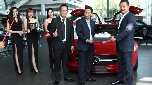 Mercedes-Benz SLS AMG 11,8 tỷ Đồng của tay chơi Bình Định tái xuất trên phố Sài thành - Ảnh 3.