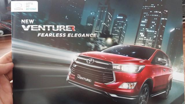 Ngắm Toyota Innova bản trang bị cao cấp nhất mới bằng xương, bằng thịt - Ảnh 3.