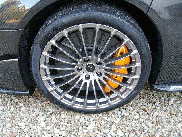 McLaren 675LT Spider Carbon Series siêu hiếm mới về tay chủ đã bị rao bán - Ảnh 8.