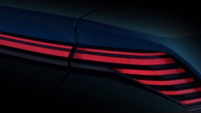 SUV hạng sang Audi Q8 E-tron cạnh tranh với BMW X6 tiếp tục được hé lộ - Ảnh 7.