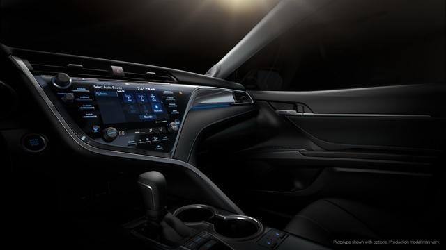 Toyota Camry 2018: Lột xác về thiết kế từ trong ra ngoài, thêm động cơ mới - Ảnh 13.