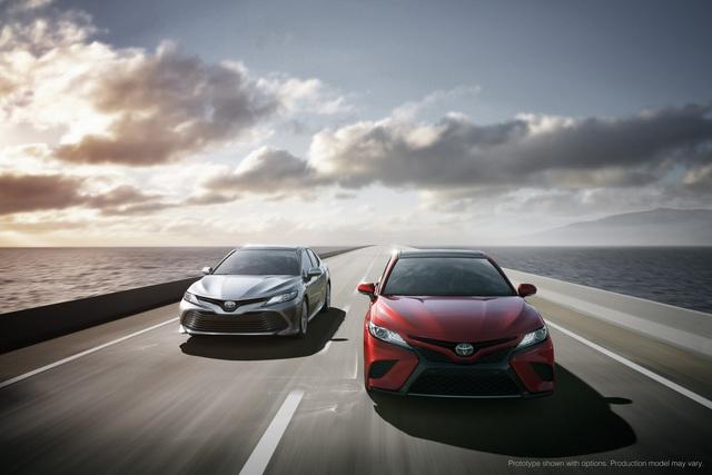 Toyota Camry 2018: Lột xác về thiết kế từ trong ra ngoài, thêm động cơ mới - Ảnh 16.