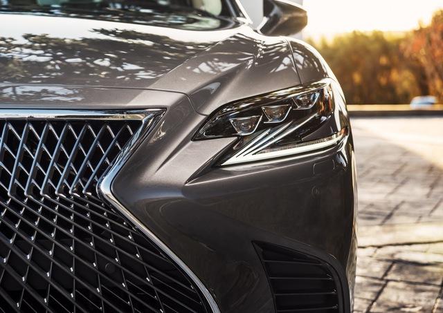 Lexus LS 2018 trình làng, Mercedes-Benz S-Class hãy coi chừng! - Ảnh 5.