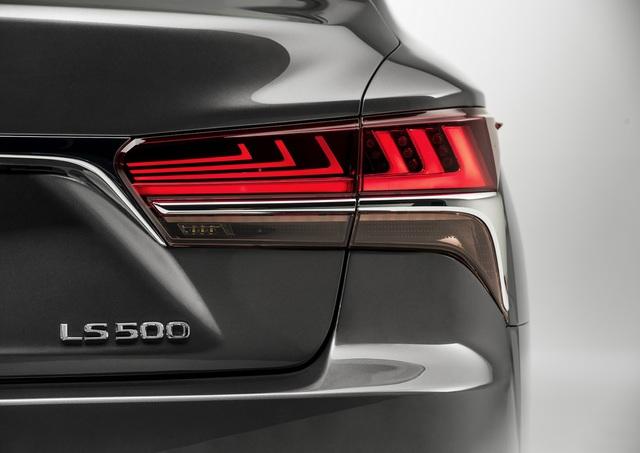 Lexus LS 2018 trình làng, Mercedes-Benz S-Class hãy coi chừng! - Ảnh 6.