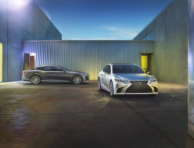 Lexus LS 2018 trình làng, Mercedes-Benz S-Class hãy coi chừng! - Ảnh 15.