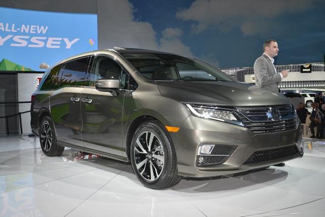 Honda Odyssey 2018 với thiết kế khác xe ở Việt Nam chính thức được vén màn - Ảnh 2.
