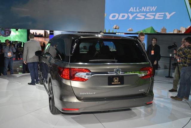 Honda Odyssey 2018 với thiết kế khác xe ở Việt Nam chính thức được vén màn - Ảnh 7.