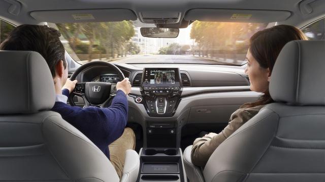 Honda Odyssey 2018 với thiết kế khác xe ở Việt Nam chính thức được vén màn - Ảnh 10.