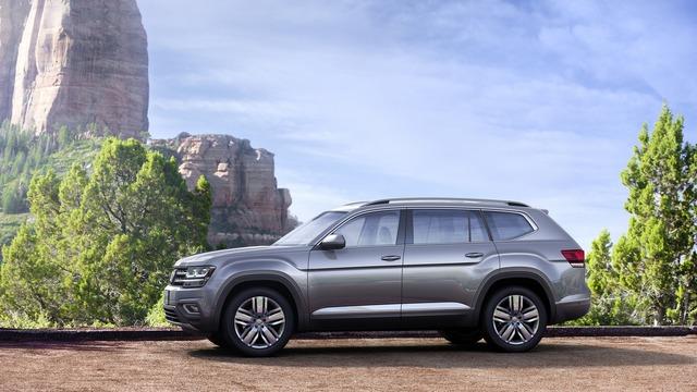 Volkswagen Atlas 2018 cạnh tranh với Mazda CX-9 bằng giá khởi điểm 30.000 USD - Ảnh 3.