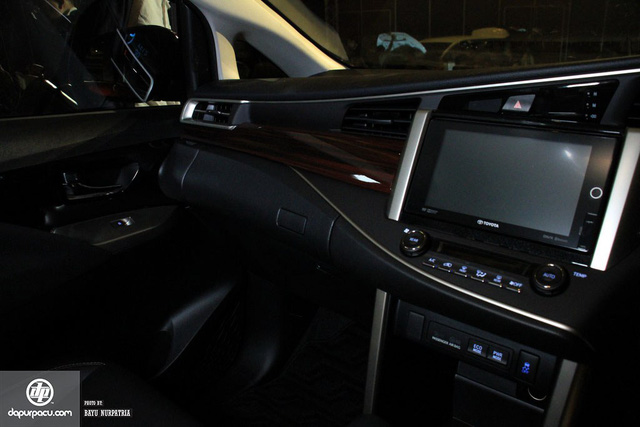 Toyota Innova bản Venturer cao cấp nhất mới trình làng, giá từ 653 triệu Đồng - Ảnh 13.