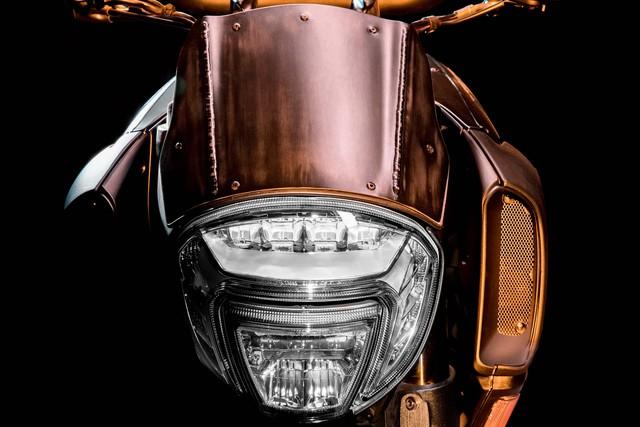 Ducati Diavel Diesel - Mô tô mang phong cách hậu Khải huyền - Ảnh 6.