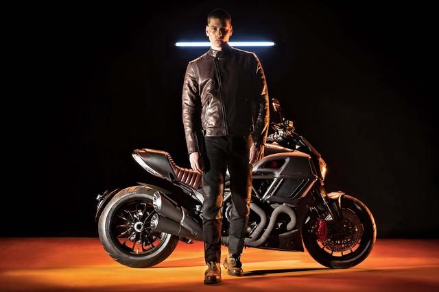 Ducati Diavel Diesel - Mô tô mang phong cách hậu Khải huyền - Ảnh 10.