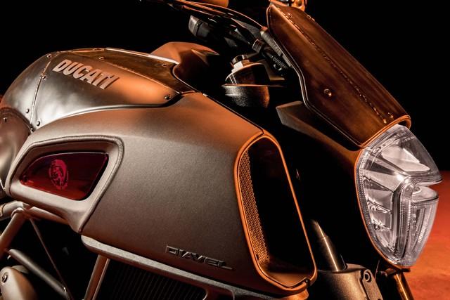 Ducati Diavel Diesel - Mô tô mang phong cách hậu Khải huyền - Ảnh 11.
