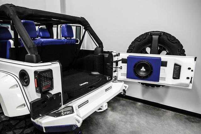 Jeep Wrangler độ theo phong cách Star Wars đầy ấn tượng - Ảnh 10.