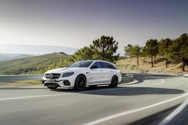 Mercedes-AMG E63 Wagon 2017 - Xe thực dụng cho tín đồ tốc độ - Ảnh 2.