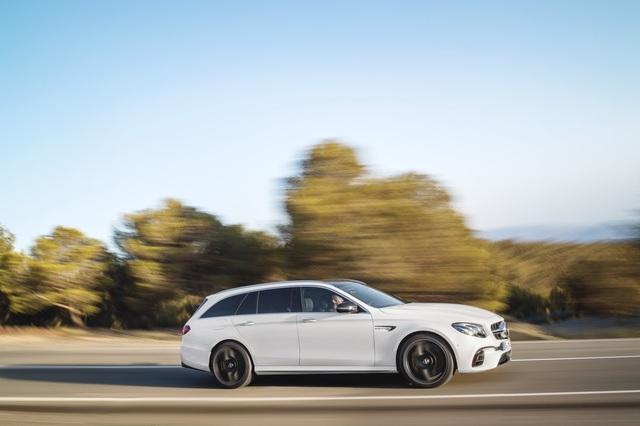 Mercedes-AMG E63 Wagon 2017 - Xe thực dụng cho tín đồ tốc độ - Ảnh 5.