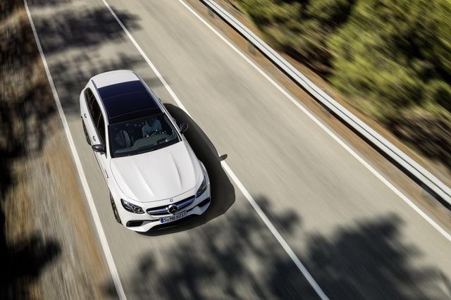 Mercedes-AMG E63 Wagon 2017 - Xe thực dụng cho tín đồ tốc độ - Ảnh 6.