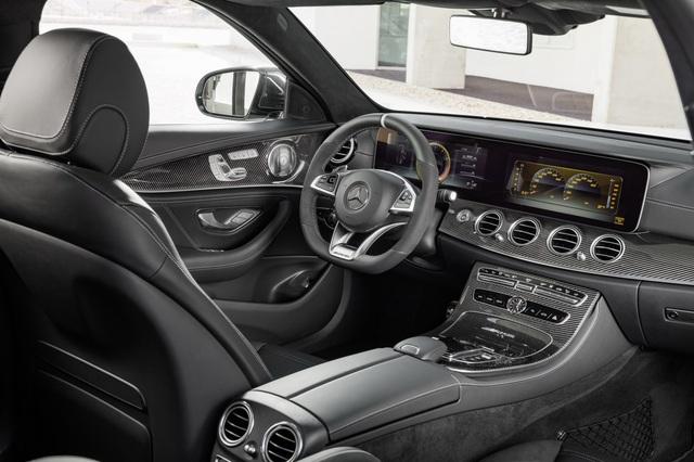 Mercedes-AMG E63 Wagon 2017 - Xe thực dụng cho tín đồ tốc độ - Ảnh 11.