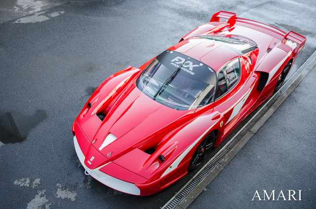 Siêu xe Ferrari FXX phiên bản đường phố duy nhất trên thế giới có giá khóc thét - Ảnh 3.