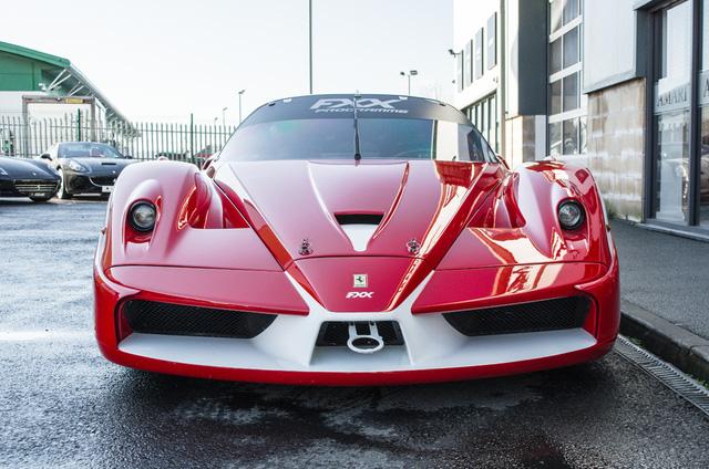 Siêu xe Ferrari FXX phiên bản đường phố duy nhất trên thế giới có giá khóc thét - Ảnh 6.