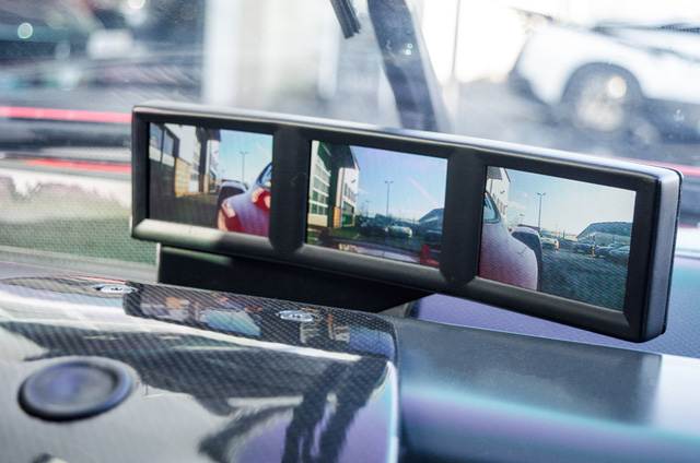Siêu xe Ferrari FXX phiên bản đường phố duy nhất trên thế giới có giá khóc thét - Ảnh 15.
