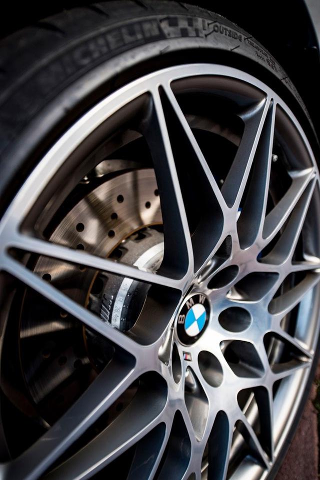 Cận cảnh BMW M3 sơn màu xám như xe Audi - Ảnh 4.