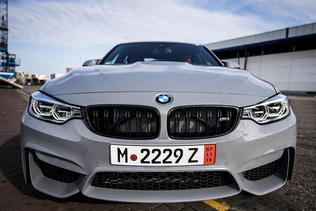 Cận cảnh BMW M3 sơn màu xám như xe Audi - Ảnh 7.