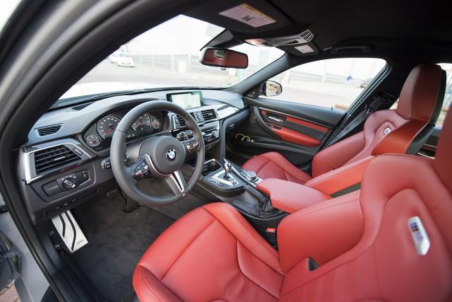 Cận cảnh BMW M3 sơn màu xám như xe Audi - Ảnh 8.