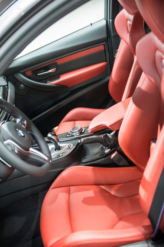 Cận cảnh BMW M3 sơn màu xám như xe Audi - Ảnh 9.