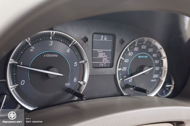 Suzuki Ertiga phiên bản mới ra mắt, cạnh tranh với Toyota Innova - Ảnh 5.