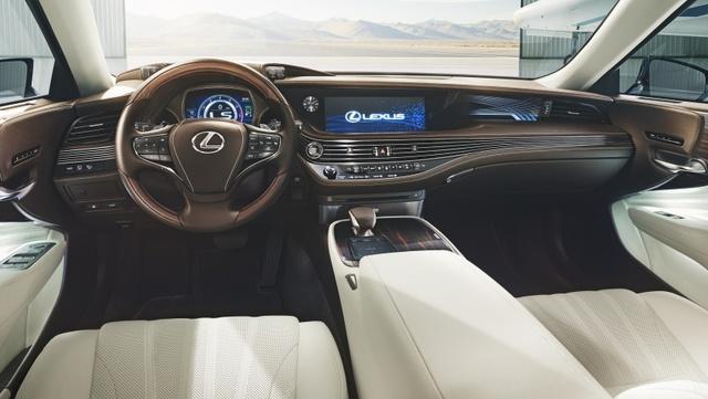 Sedan hạng sang cỡ lớn Lexus LS500h 2018 lần đầu lộ diện - Ảnh 1.
