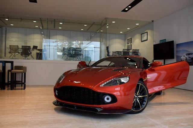 Soi từng chi tiết của siêu phẩm Aston Martin Vanquish Zagato ngoài đời thực - Ảnh 8.