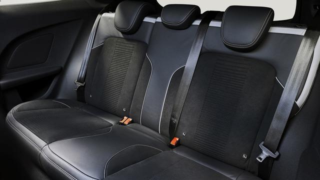 Phiên bản hiệu suất cao của Ford Fiesta trình làng - Ảnh 12.