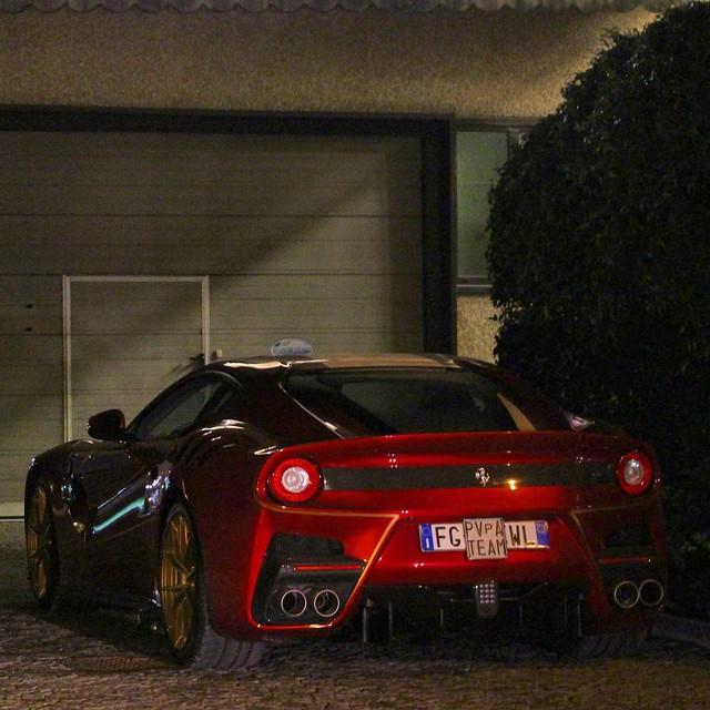 Ông chủ hãng Pagani nhận siêu xe Ferrari F12tdf hàng thửa - Ảnh 6.