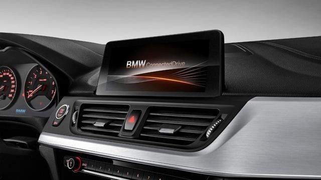 BMW 1-Series Sedan bắt đầu được bày bán, đắt hơn dự đoán - Ảnh 13.