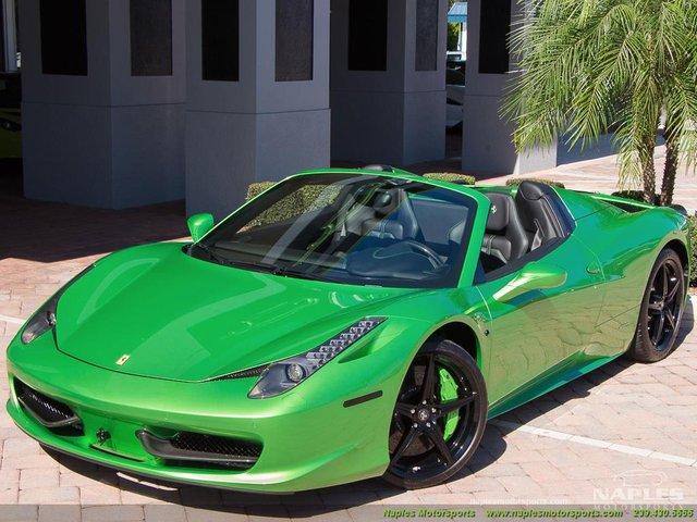 Chiếc siêu xe Ferrari 458 Spider với màu sơn độc trị giá hơn 600 triệu Đồng - Ảnh 2.
