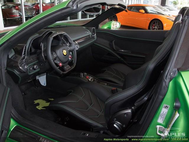 Chiếc siêu xe Ferrari 458 Spider với màu sơn độc trị giá hơn 600 triệu Đồng - Ảnh 6.