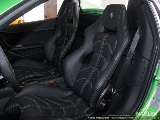 Chiếc siêu xe Ferrari 458 Spider với màu sơn độc trị giá hơn 600 triệu Đồng - Ảnh 7.