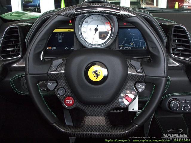 Chiếc siêu xe Ferrari 458 Spider với màu sơn độc trị giá hơn 600 triệu Đồng - Ảnh 11.