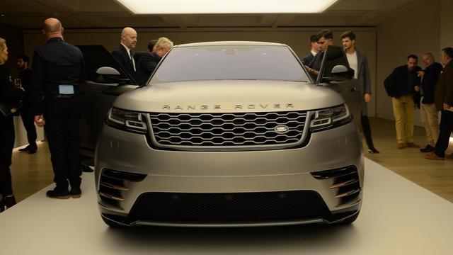 Ngắm Range Rover Velar bằng xương, bằng thịt, cạnh tranh Porsche Macan - Ảnh 4.