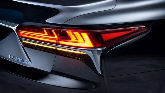 Sedan hạng sang cỡ lớn Lexus LS500h 2018 ra mắt - Ảnh 9.